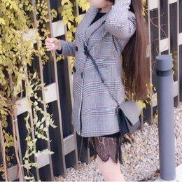 Пальто - Пальто в клеточку женское молодежное, 0