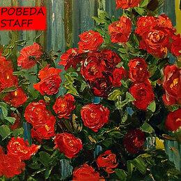 Разнорабочий - Разнорабочий в сад с розами (садовник,…, 0