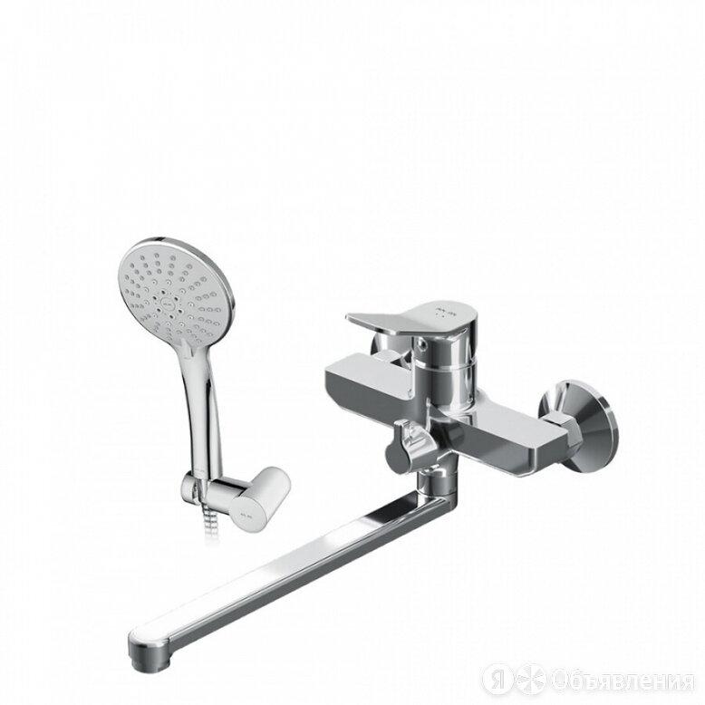 Смеситель для ванны и душа AM.PM X-Joy по цене 11990₽ - Полки, шкафчики, этажерки, фото 0