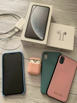 Мобильные телефоны - Iphone XR 64 GB, 0
