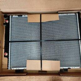 Двигатель и топливная система  - Радиатор Мерседес A210 500 71 03, новый, NISSENS 62691A, W210 , 0