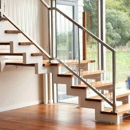 Лестницы и элементы лестниц - Лестница на второй этаж на косоурах, 0