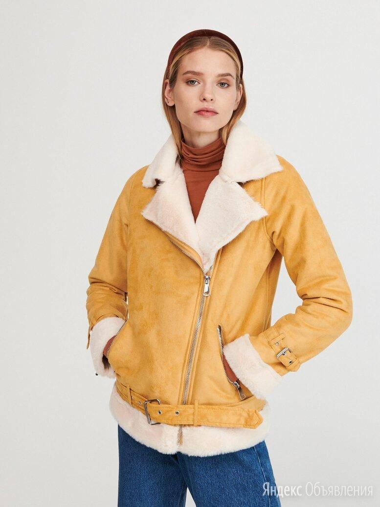 Куртка в байкерском стиле из материала, имитирующего замшу по цене 2799₽ - Дубленки, фото 0