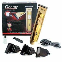 Машинки для стрижки и триммеры - Беспроводная машинка для стрижки волос и бороды GEEMY GM-6028, 0