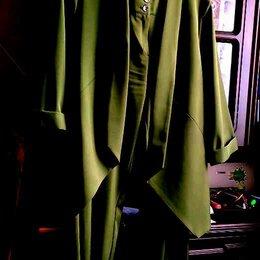 Костюмы - Женская одежда, 0