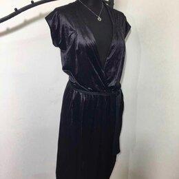 Платья - Платье Yves Saint Laurent, 0