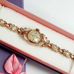 Наручные часы - Часы чайка женские золотые с золотым браслетом, 0
