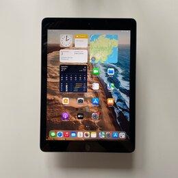 Планшеты - iPad 2018 6 поколения 32GB Wi-Fi, состояние нового, 0