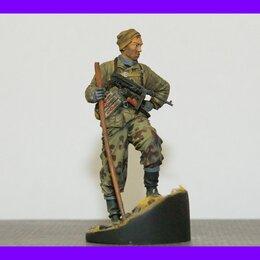 Подарочные наборы - 1/16 модель фигурки Советский разведчик с МП-40 Великая Отечественная война, 0