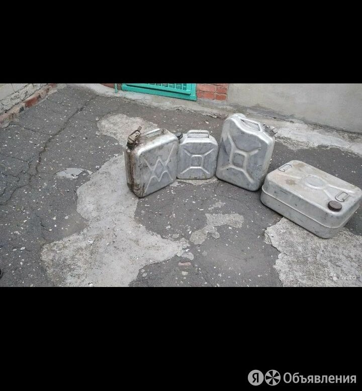 Канистра 20 литров для бензина алюминиевая с прижимной крышкой по цене 1000₽ - Канистры, фото 0