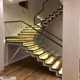 Интерьерная подсветка - Автоматическая подсветка поворотной лестницы, Умный свет, 0