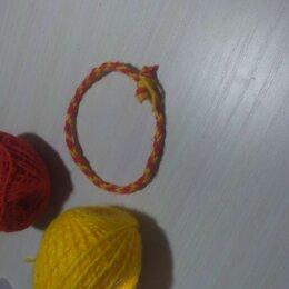 Рукоделие, поделки и сопутствующие товары - Браслетик из красных и желтых ниток, 0