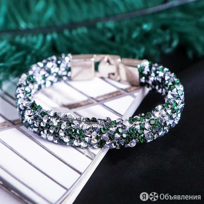 """Браслет со стразами """"Шанталь"""", цвет бело-зелёный в серебре, 20см по цене 400₽ - Украшения на тело, фото 0"""
