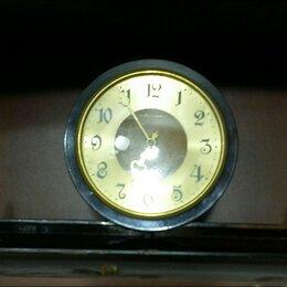 Часы настольные и каминные - Часы весна настольные винтаж СССР .  Пластиковый корпус на деревянном основании., 0