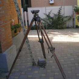 Измерительные инструменты и приборы - нивелир Н-3 с треногой и рейкой, 0