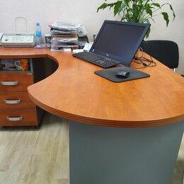 """Мебель для учреждений - Стол с тумбой. замком левый """"BERLIN Director"""", цвет кальвадос, 0"""