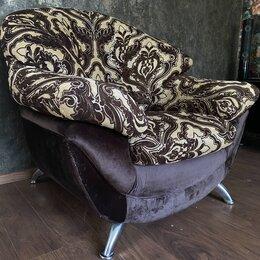 Кресла - Мягкое кресло , 0