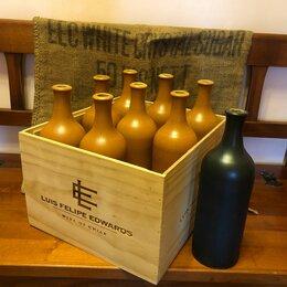 Этикетки, бутылки и пробки - Бутылка. Керамика. Ящик, 0