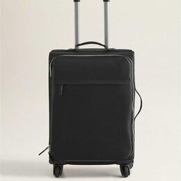 Чемоданы и аксессуары к ним - Легкий и вместительный чемодан на колесах - MANGO, 0