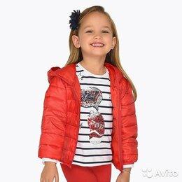 Куртки и пуховики - Курточка Mayoral для девочек, 8 лет, 0