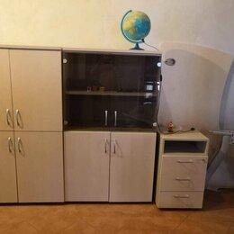Шкафы, стенки, гарнитуры - Комплект мебели, стол, тумбочка и 2 шкафа, 0
