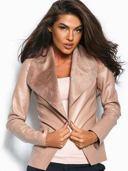 Пиджаки - Легкий пиджак без застежки из экокожи, 0