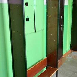 Стеллажи и этажерки - СССР Стеллаж на железном каркасе под реставрацию - очень прочный. , 0