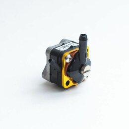 Двигатель и комплектующие  - Топливный насос лодочный Johnson Evinrude 6 8 9,9 15 л/с, 0