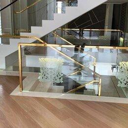 Лестницы и элементы лестниц - Стеклянные перила с фрезеровкой и подсветкой, 0