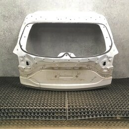Кузовные запчасти - Крышка багажника Mazda CX-5, 0