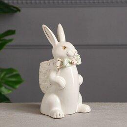 """Новогодние фигурки и сувениры - Сувенир-органайзер """"Кролик с рюкзаком"""", белый, цветная лепка, керамика, 24 см, 0"""
