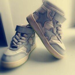 Кроссовки и кеды - Модные кроссовки, 0