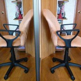 Компьютерные кресла - Кресло офисное Варна новый велюр Africa 17 персик., 0