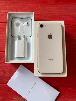 Мобильные телефоны - iPhone 8 64Gb Gold, 0