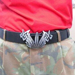 Ремни и пояса - Мужской кожаный ремень с металлической бляхой, 0