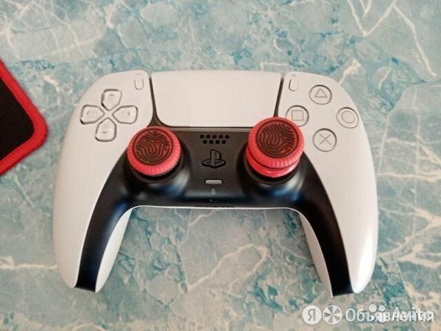 Беспроводной контроллер playstation 5 dualsense, белый по цене 4600₽ - Рули, джойстики, геймпады, фото 0