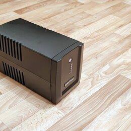 Источники бесперебойного питания, сетевые фильтры - ИБП CyberPower UT2200EI, 0