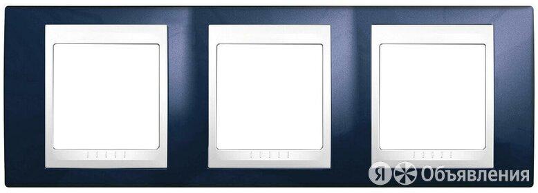 Рамка 3-постовая Schneider Electric Unica Хамелеон MGU6.006.842 по цене 2322₽ - Электроустановочные изделия, фото 0