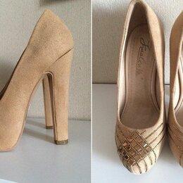 Туфли - Роскошные новые туфли.  Замша. Стразы. Размер 33,5. Стелька 22,3см., 0