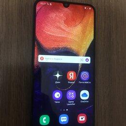 Мобильные телефоны - Samsung A50 4/64, 0