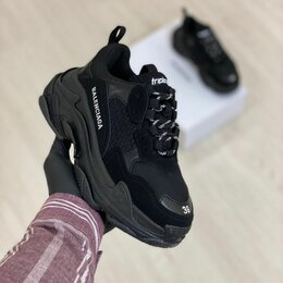 Обувь для спорта - Кроссовки Balenciaga Triple S Black , 0
