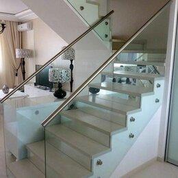 Лестницы и элементы лестниц - Самонесущие ограждения и облицовка дубом, 0