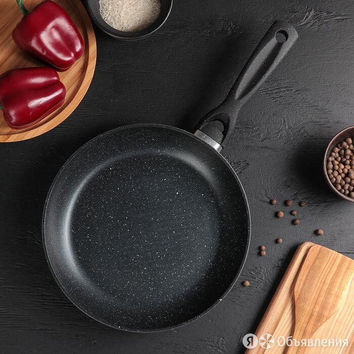 Сковорода кованая Master Star, 26x5 см, ручка soft-touch по цене 1615₽ - Сковороды и сотейники, фото 0
