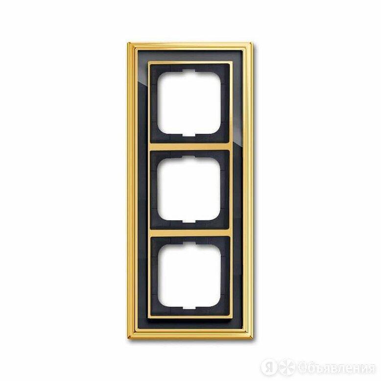 Рамка 3-постовая ABB Dynasty латунь полированная/черное стекло 2CKA001754A4567 по цене 14118₽ - Электроустановочные изделия, фото 0