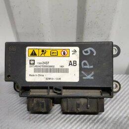 Электрика и свет - Блок управления AIR BAG Chevrolet Cruze J305 1.6, 0