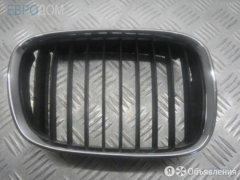 Ноздря / решетка капота  правая на BMW E39 по цене 500₽ - Кузовные запчасти, фото 0