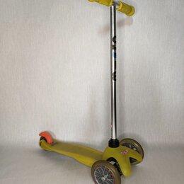 Самокаты - Детский самокат трехколесный Mini Micro б/у желтый, 0