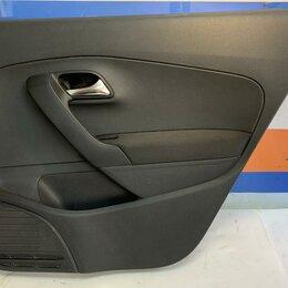 Интерьер  - Обшивка двери правая задняя Volkswagen Polo 10-20 (6RU867212DUPL), 0