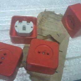 Электроустановочные изделия - Советские розетки и выключатели   (5б7), 0