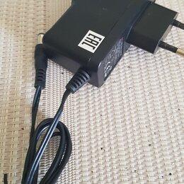 Зарядные устройства и адаптеры питания - Блок питания, адаптер ТРИКОЛОР, 0